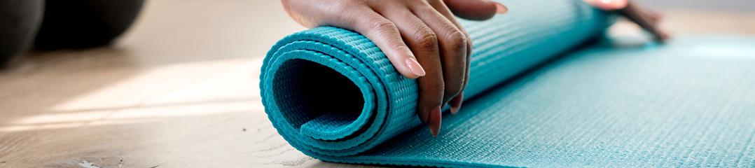 Ganz entspannt zum Wohlbefinden — Yoga mit Anja Siebert